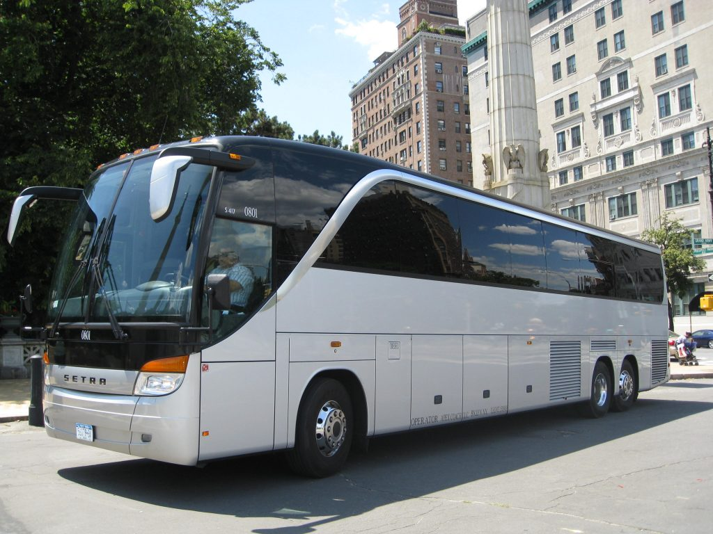 chicago bus rental